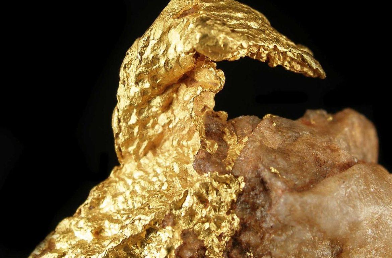 biżuteria złota i biżuteria pozłacana - złoto kiedyś i dziś, złpte kolczyki, złote naszyjniki i bransoletki