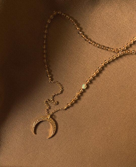 Miodowa lunula z etiopskim opalem i cytrynami Honeymoon Iluzja Jewellery