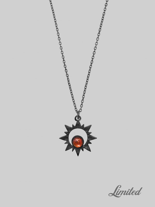 naszyjnik czarny z kamieniem słonecznym oksydowany iluzja jewellery